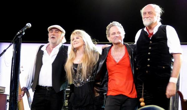 Fleetwood Mac schikt met ontslagen gitarist Lindsey Buckingham